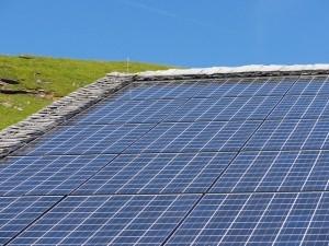 Gartenhaus Dach Solaranlage Photovoltaik