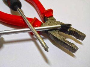 Gartenlaube kaufen - Montage Werkzeug